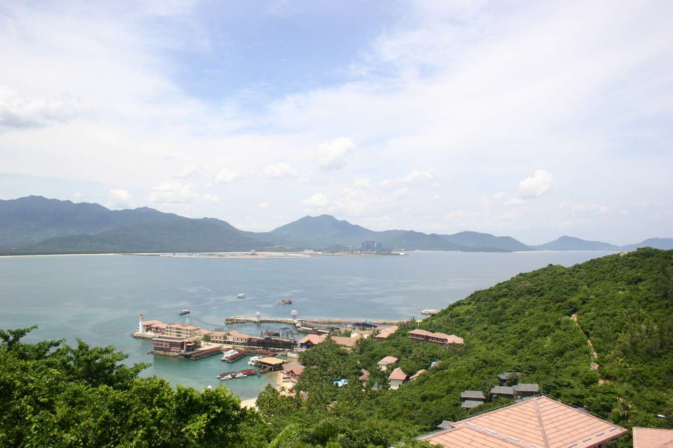 From the highest spot on Boundary Island facing Hainan